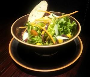 Salad Mesclun wit Tropical Fruits