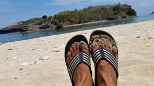 fitflop in beach